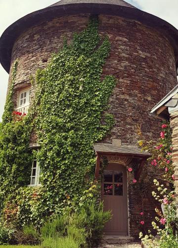 La Coulombe Manoir De Hérouville : Guest accommodation near Baudre