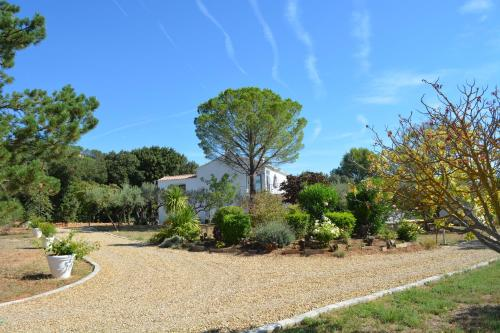 Villa Valdor- Studio : Apartment near Cotignac