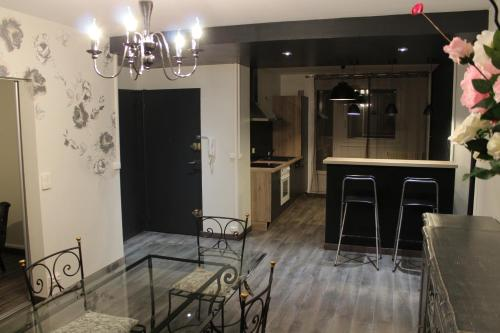 Appartement Place Leclerc : Apartment near Foucherans