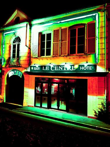 Le Centre : Hotel near Courthiézy