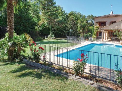 Four-Bedroom Holiday Home in Callian : Guest accommodation near Montauroux