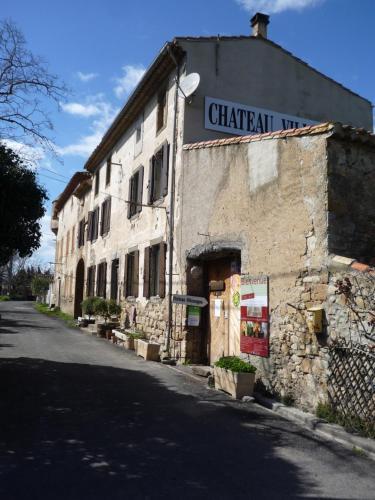 Château Villemagne : Guest accommodation near Arquettes-en-Val