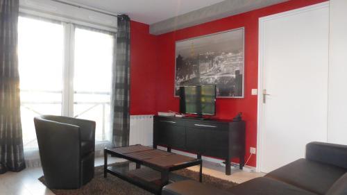 Le Mémorial appartement-Caen apparthotel : Apartment near Caen