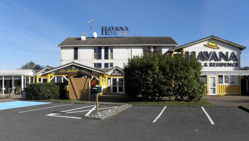 Havana Hotel et Résidence : Hotel near Sens