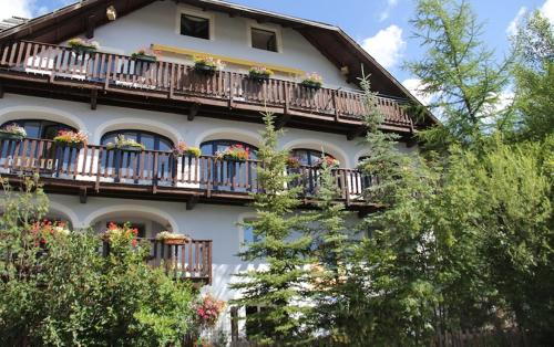 B&B La Girandole : Guest accommodation near Arvieux