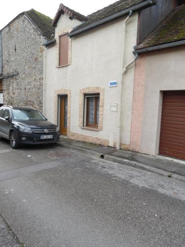 Meuble de la Tour : Guest accommodation near Mœurs-Verdey