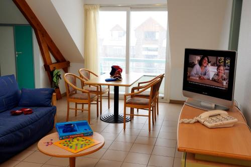 Village Club Les Balcons des Pyrénées : Guest accommodation near Gouaux-de-Luchon