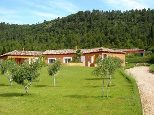 camps la source : Guest accommodation near La Roquebrussanne