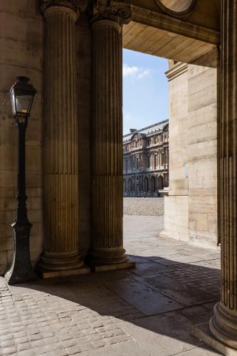Veeve - Steps from the Louvre : Apartment near Paris 1er Arrondissement