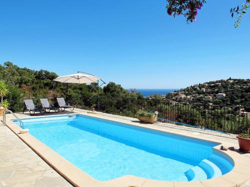 Ferienhaus mit Pool Cavalaire-sur-Mer 120S : Guest accommodation near La Môle