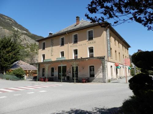 Hotel La Gare : Hotel near L'Argentière-la-Bessée