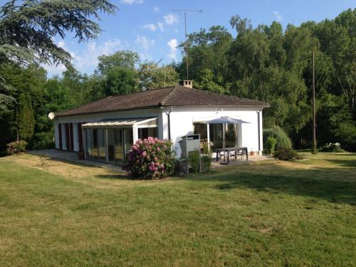 Domaine de Montjouvin : Guest accommodation near Bullou