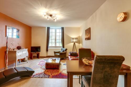 Le Seigneur de Bons : Apartment near Ouilly-le-Tesson
