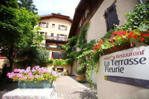 Logis La Terrasse Fleurie : Hotel near Grilly