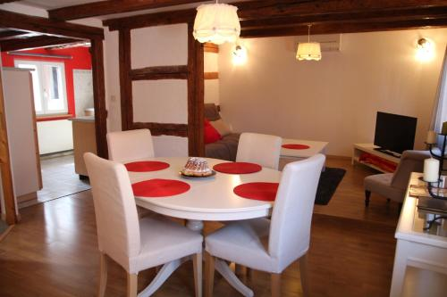 Les 7 cépages : Guest accommodation near Mollkirch