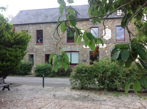le relais du boulet : Guest accommodation near Tinténiac