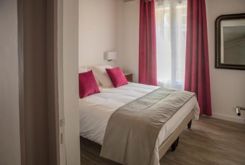 Hotel Des Alpes : Guest accommodation near La Rochette