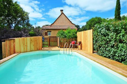Ferienhaus mit Pool Saint Julien de Crempse 100S : Guest accommodation near Saint-Julien-de-Crempse