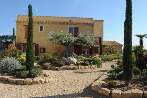 Domaine de Montgaillard : Guest accommodation near La Digne-d'Amont