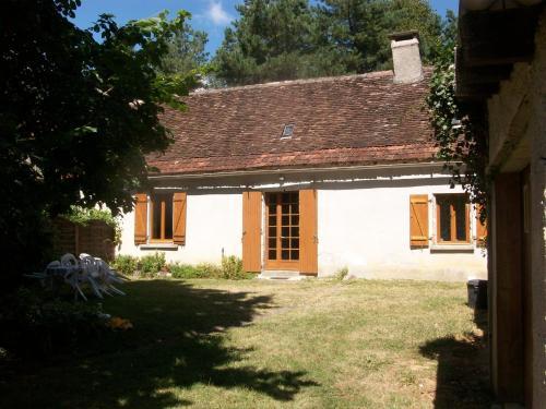 Holiday home D31 : Guest accommodation near Saint-Pierre-de-Chignac
