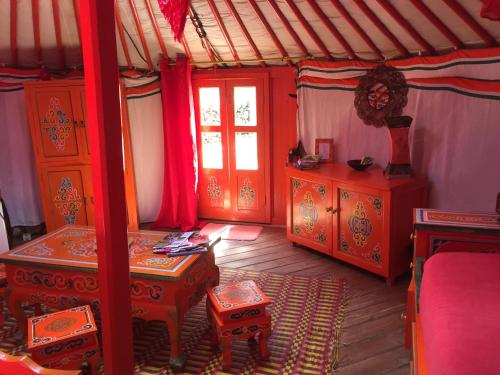 Au Soleil Mongol : Bed and Breakfast near Saint-André