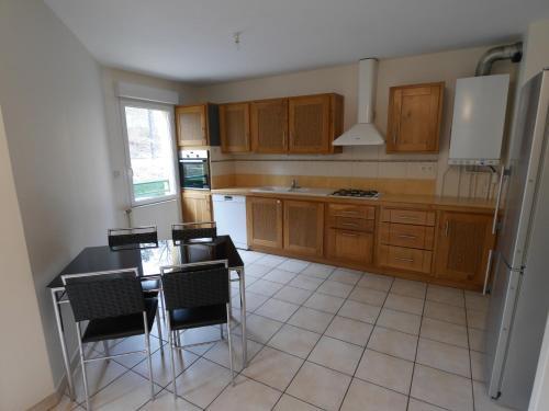 CHARBONNIERES LES BAINS 69 : Apartment near Craponne