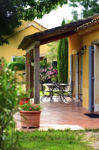 Les Oliviers : Guest accommodation near Codolet