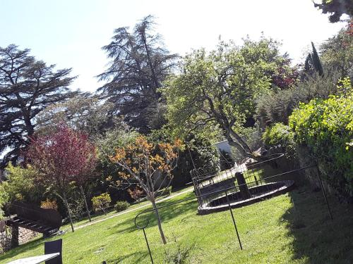 Le Parc Beatrice : Bed and Breakfast near Montselgues