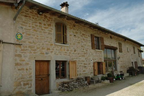 Le Bellaton : Guest accommodation near Nivollet-Montgriffon