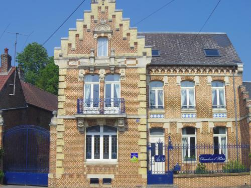 AU 52 : Bed and Breakfast near Liencourt