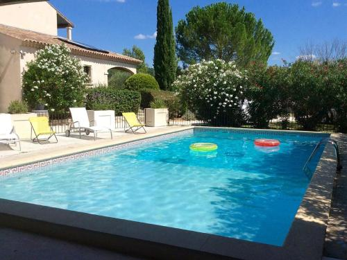 Gite de la Font de l'Ours : Guest accommodation near Collorgues