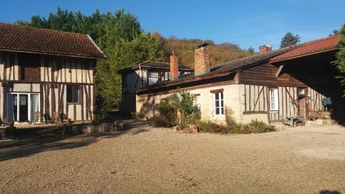 Ferme du Mont Morêt : Apartment near Villeret