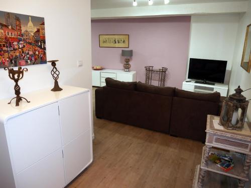 Maison Authier : Apartment near Cornille