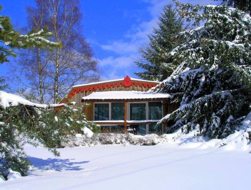 Chalets des 3 Hêtres : Guest accommodation near Alaincourt