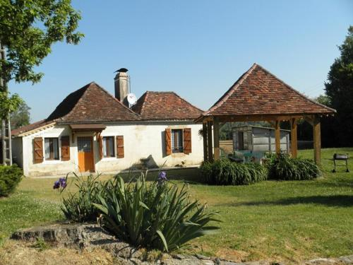 Holiday home Moulin de Cauhape : Guest accommodation near Castaignos-Souslens