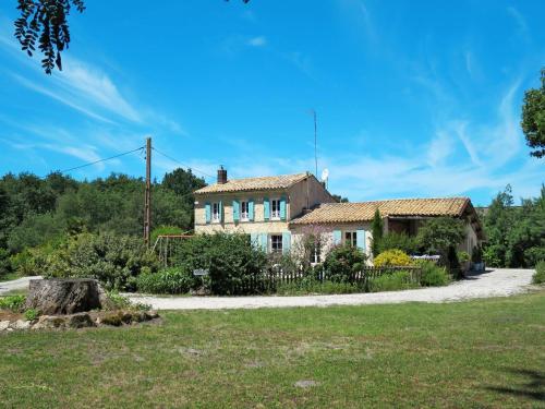 Ferienhaus Naujac-sur-Mer 120S : Guest accommodation near Civrac-en-Médoc