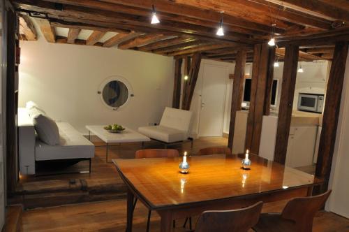 Caprice Amour : Apartment near Paris 3e Arrondissement