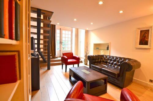 Fenetre sur Cour : Apartment near Paris 4e Arrondissement