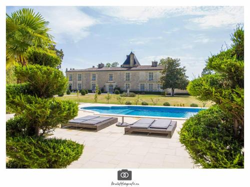 Château de la Ligne : Bed and Breakfast near Saint-Caprais-de-Bordeaux