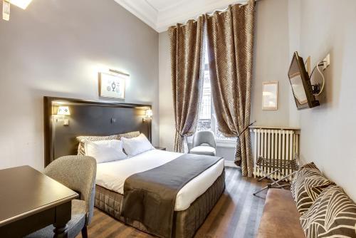 Hotel Opera Maintenon : Hotel near Paris 2e Arrondissement
