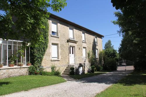 Blumereve : Bed and Breakfast near Briaucourt