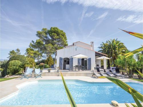 Five-Bedroom Holiday Home in Valbonne : Guest accommodation near Valbonne
