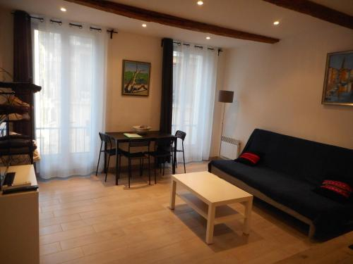 Great 1 bedroom Downtown - Dodo et Tartine : Apartment near Toulon