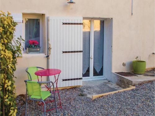 Studio Apartment in Rasteau : Apartment near Sablet