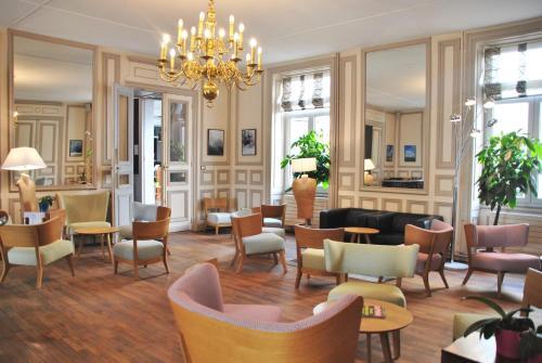 Hôtel de l'Europe : Hotel near Buxerolles