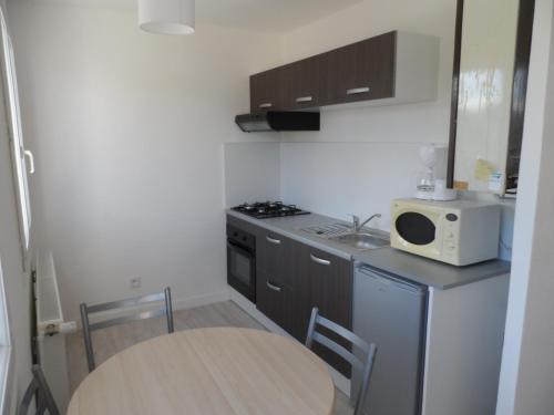 Appartement Refait A Neuf : Apartment near Crézançay-sur-Cher