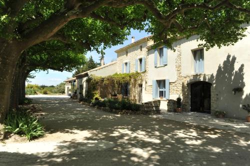 Le Mas Terre Des Anges Gite : Guest accommodation near Sarrians