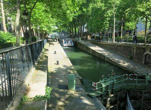Charming apartment-Canal St Martin-Amazing prices! : Apartment near Paris 19e Arrondissement