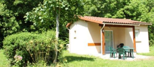 Domaine de la Dombes : Guest accommodation near Le Plantay