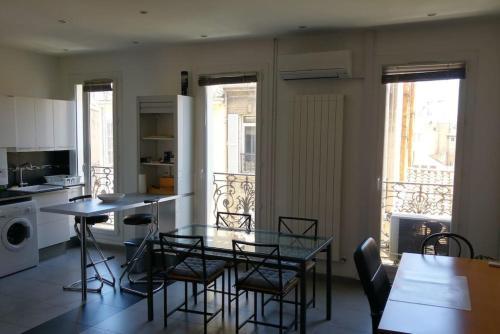 Beau T2 coeur de ville - COURS JULIEN/CASTELLANE : Apartment near Marseille 4e Arrondissement